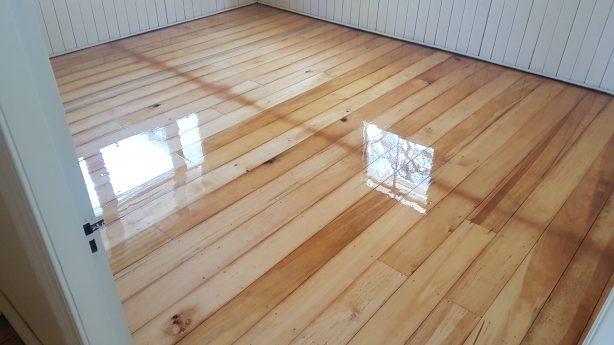 Timebr floor sanding