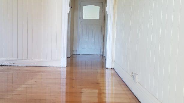Timber floor sanding & polising